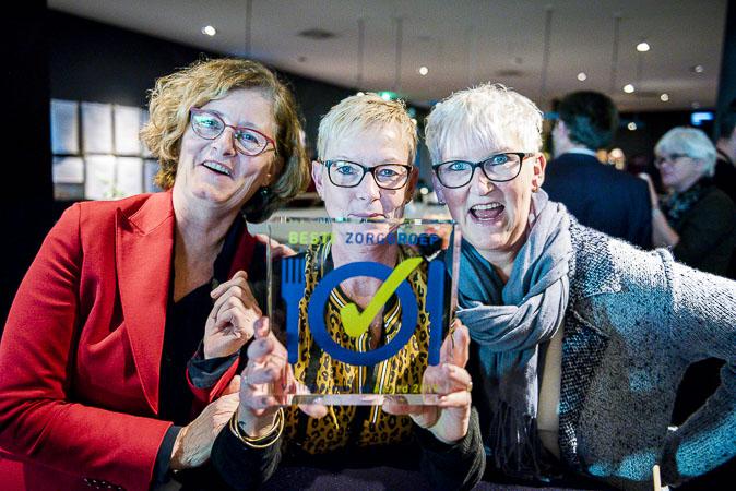 Beste Zorggroep 2019 Zorggroep Hof en Hiem, De Fryske Marren met hun prijs